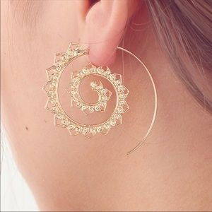Jewelry - Spiral Heart Alloy Earring choose Gold or Silver